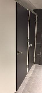 Equipement sanitaire-FRANCE-cabines sanitaires-stratifié compact