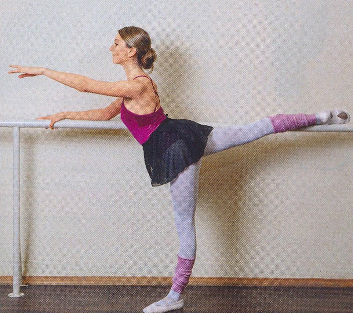Разминка голой балерины 16 фотография