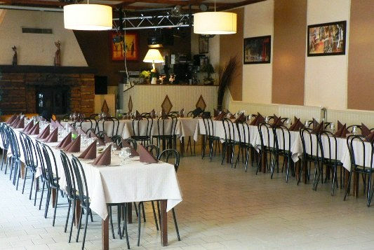 salle de reception de mariage au restaurant a lozanne beaujolais azerguesjpg - Salle Mariage Beaujolais