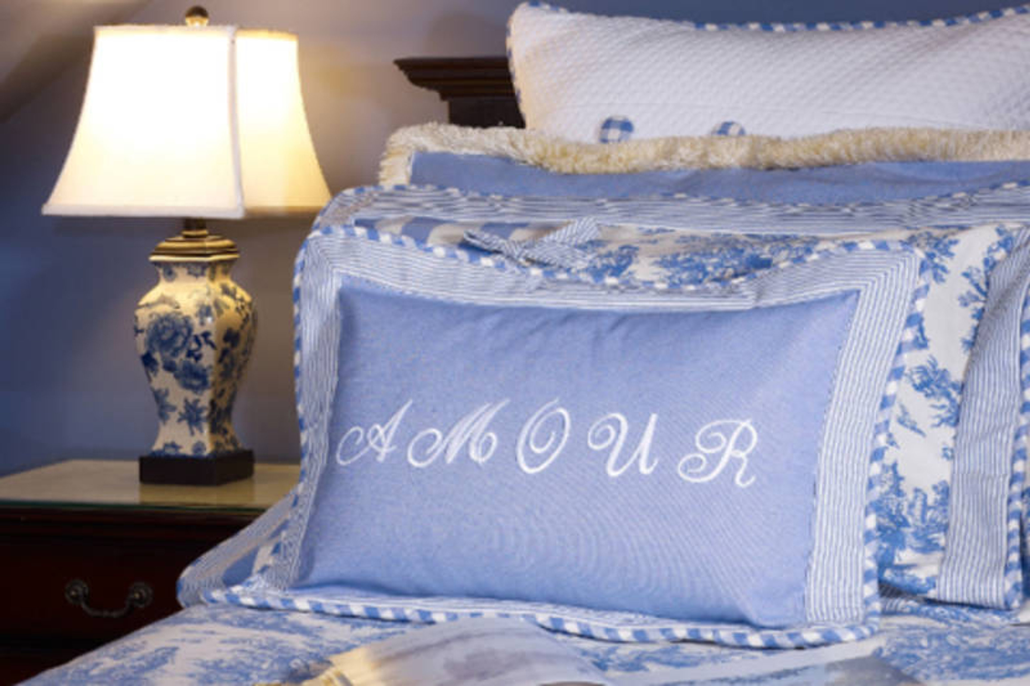 hcc hotel le clos saint louis. Black Bedroom Furniture Sets. Home Design Ideas