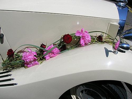 fleurscapotvoituremariageauxerreyonne2jpg - Fleurs Capot De Voiture Mariage