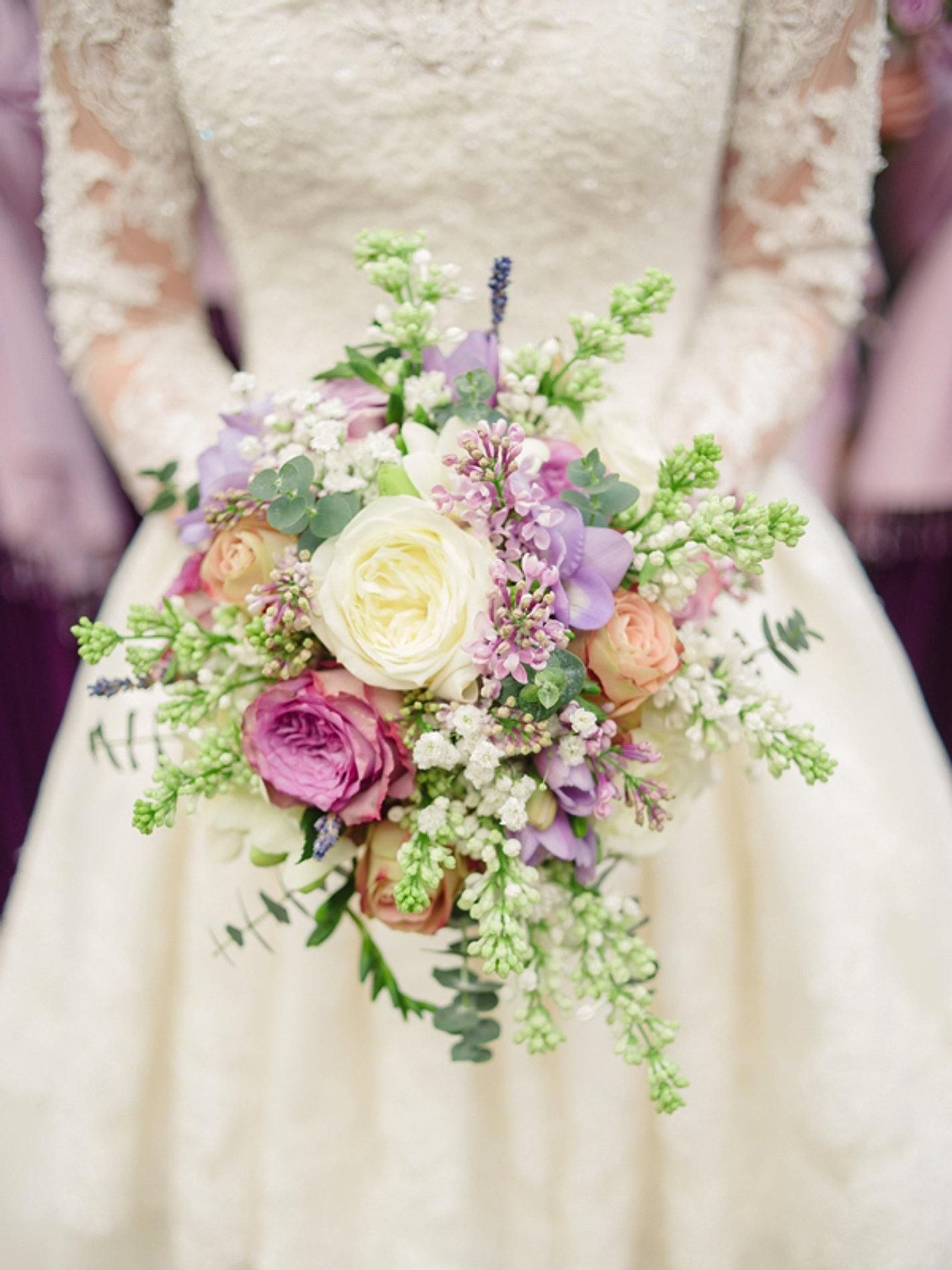 nice bouquets de fleurs pour mariage 13 bouquet de mariee fleurs pour mariage. Black Bedroom Furniture Sets. Home Design Ideas