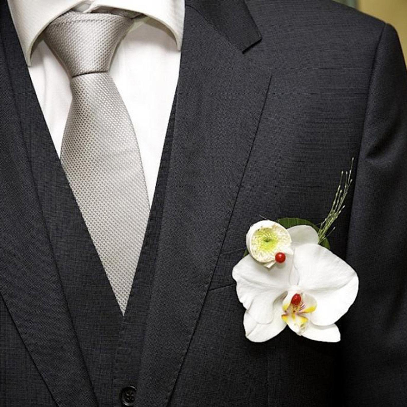 accessoires collier bracelet boutonniere mariage auxerre yonne. Black Bedroom Furniture Sets. Home Design Ideas