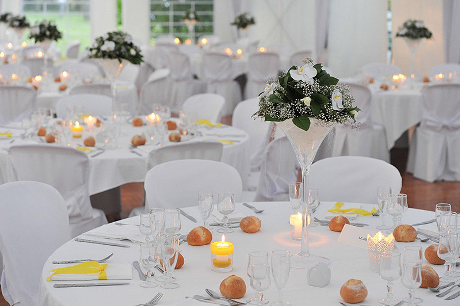 deco table mariage vase martini. Black Bedroom Furniture Sets. Home Design Ideas