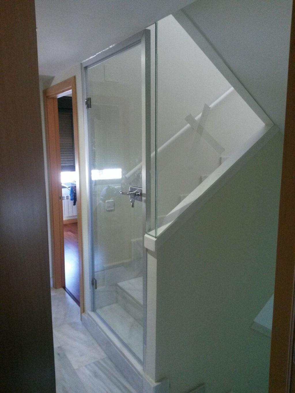Cristalerias lucas cristaler a y aluminios en madrid - Cerramientos de escaleras ...