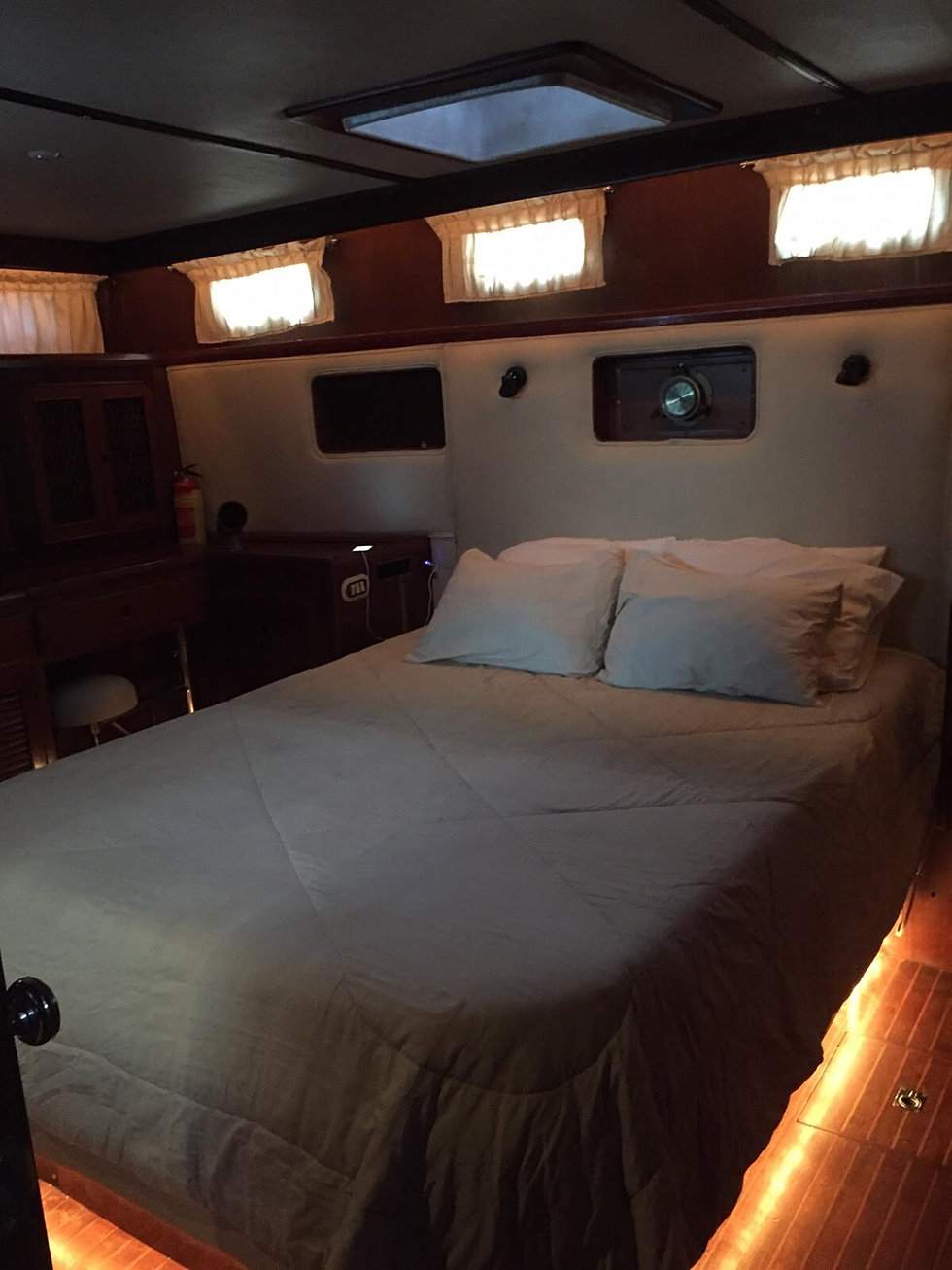 Party Bedroom Costa Rica Boat Party For Bachelor Parties In Jaco Beach Costa Rica