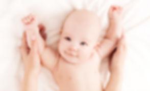 Massage bébé_S.jpg