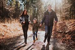 happy-family-98WMLUN.jpg