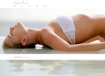 Model Template - Ziehen Sie mit dieser Homepage-Vorlage mit Vollbildhintergrund die Aufmerksamkeit auf sich! Laden Sie Bilder in die Fotogalerie hoch und etablieren Sie Ihre Online-Präsenz. Fügen Sie Texte hinzu und erstellen Sie Ihr professionelles Portfolio!