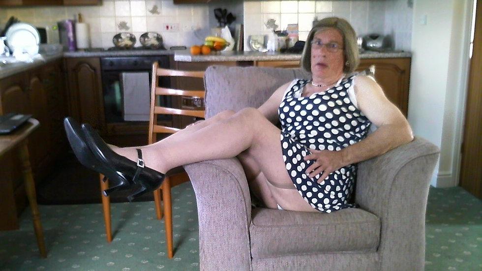 Johanna up skirt