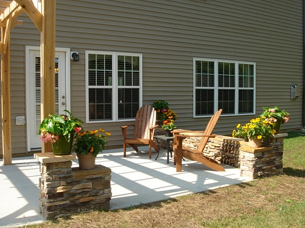 OUTDOOR LIVING PIC BACKGROUND PICS 2.jpg