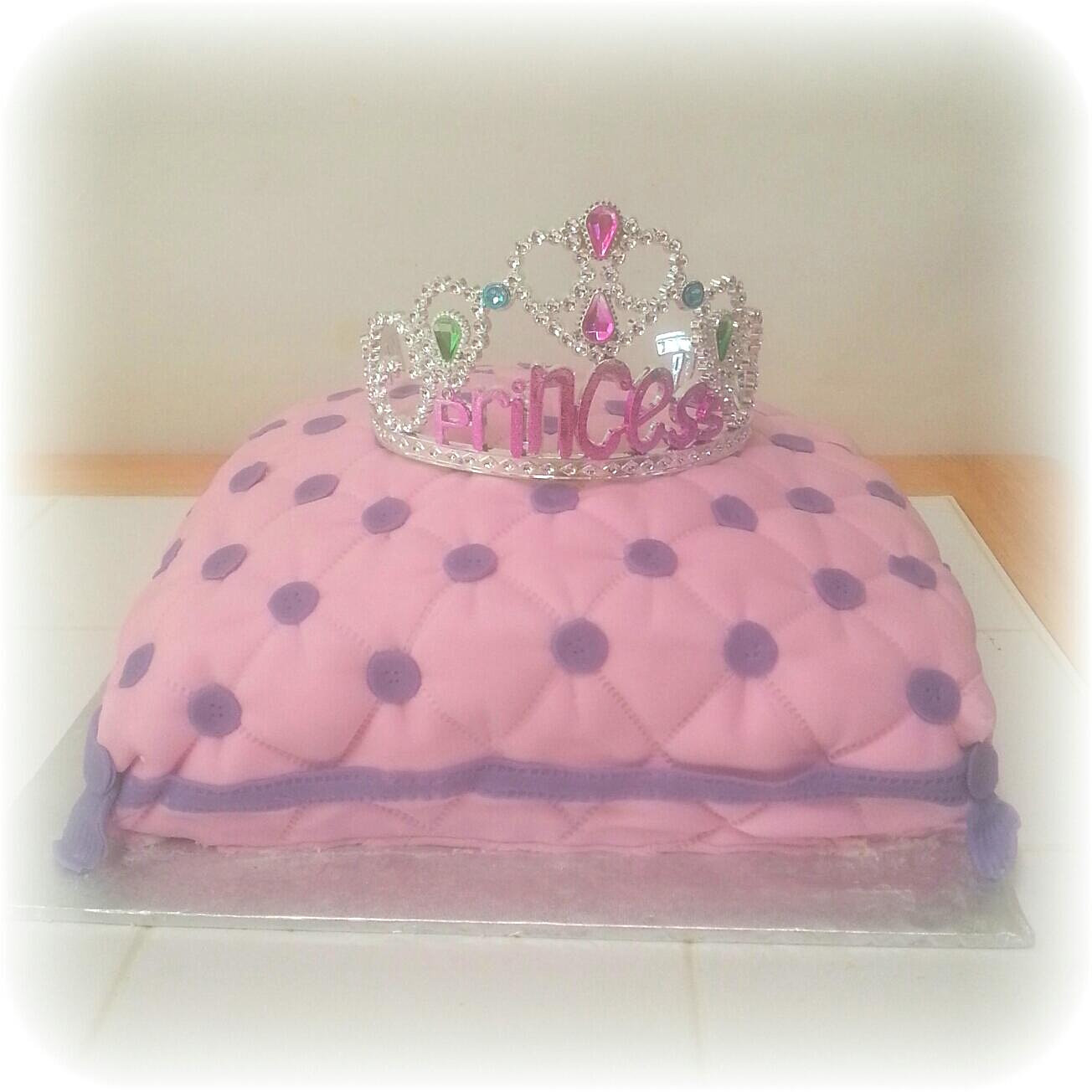 Princess Pillow Cake Images : Sugar Crystal Cakes Princess Pillow