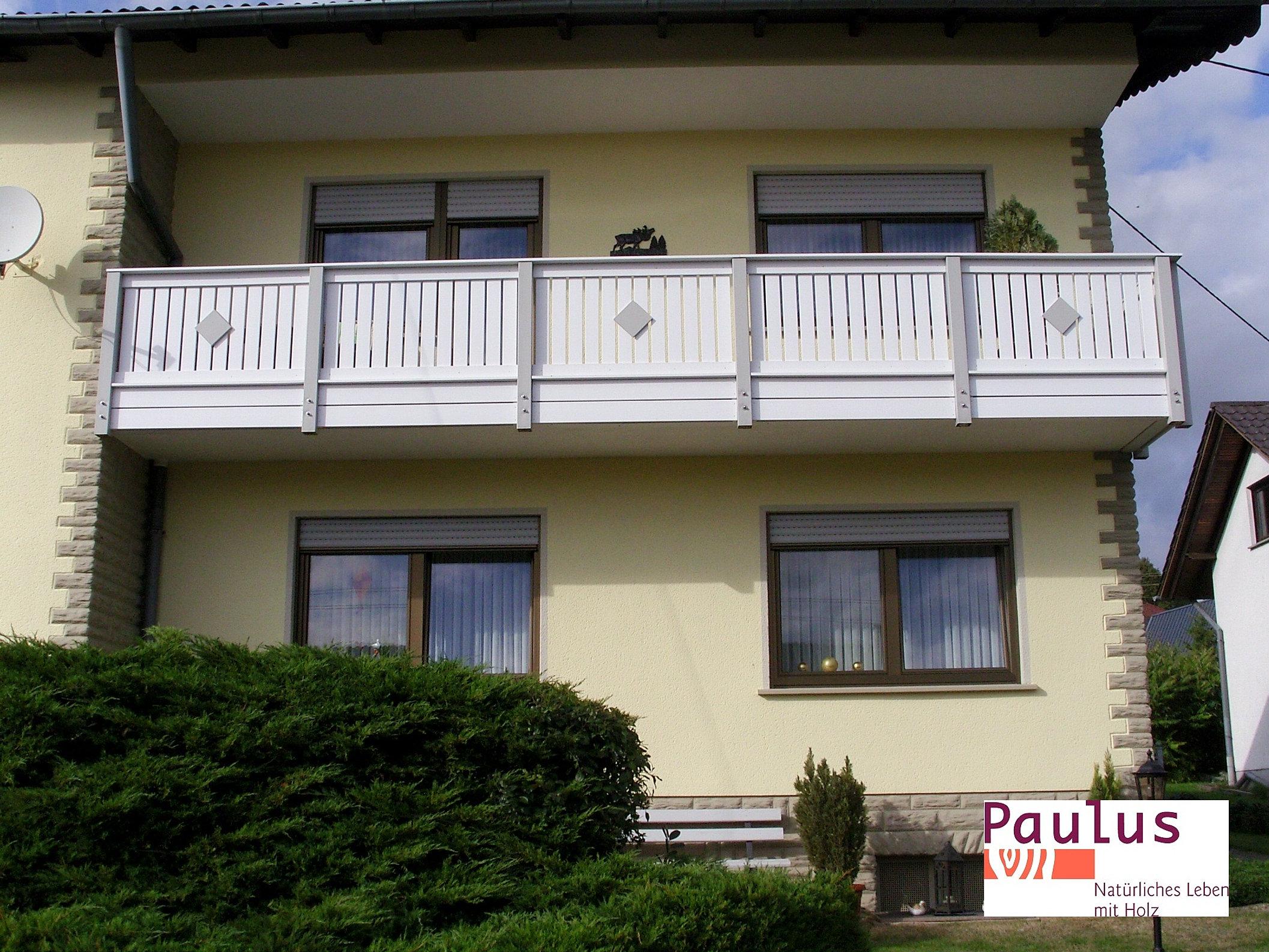 holz paulus wadern balkon balkongel nder aus holz alu und kunststoff. Black Bedroom Furniture Sets. Home Design Ideas