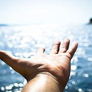 hand-sea-water-ocean-horizon-cloud-14174