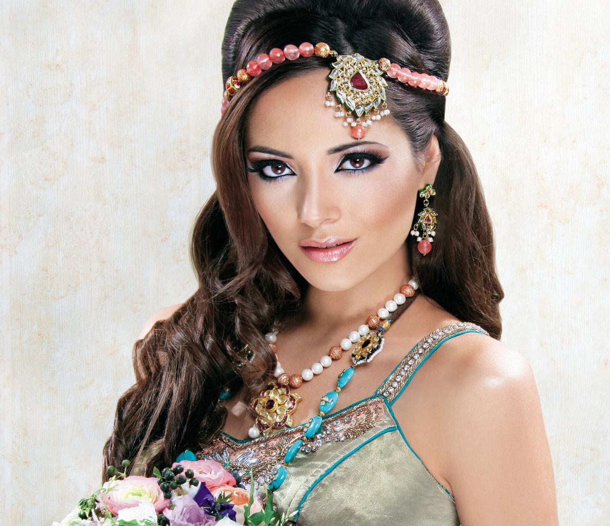 Makeup Artist Annie Shah