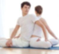 yoga-en-pareja.jpg
