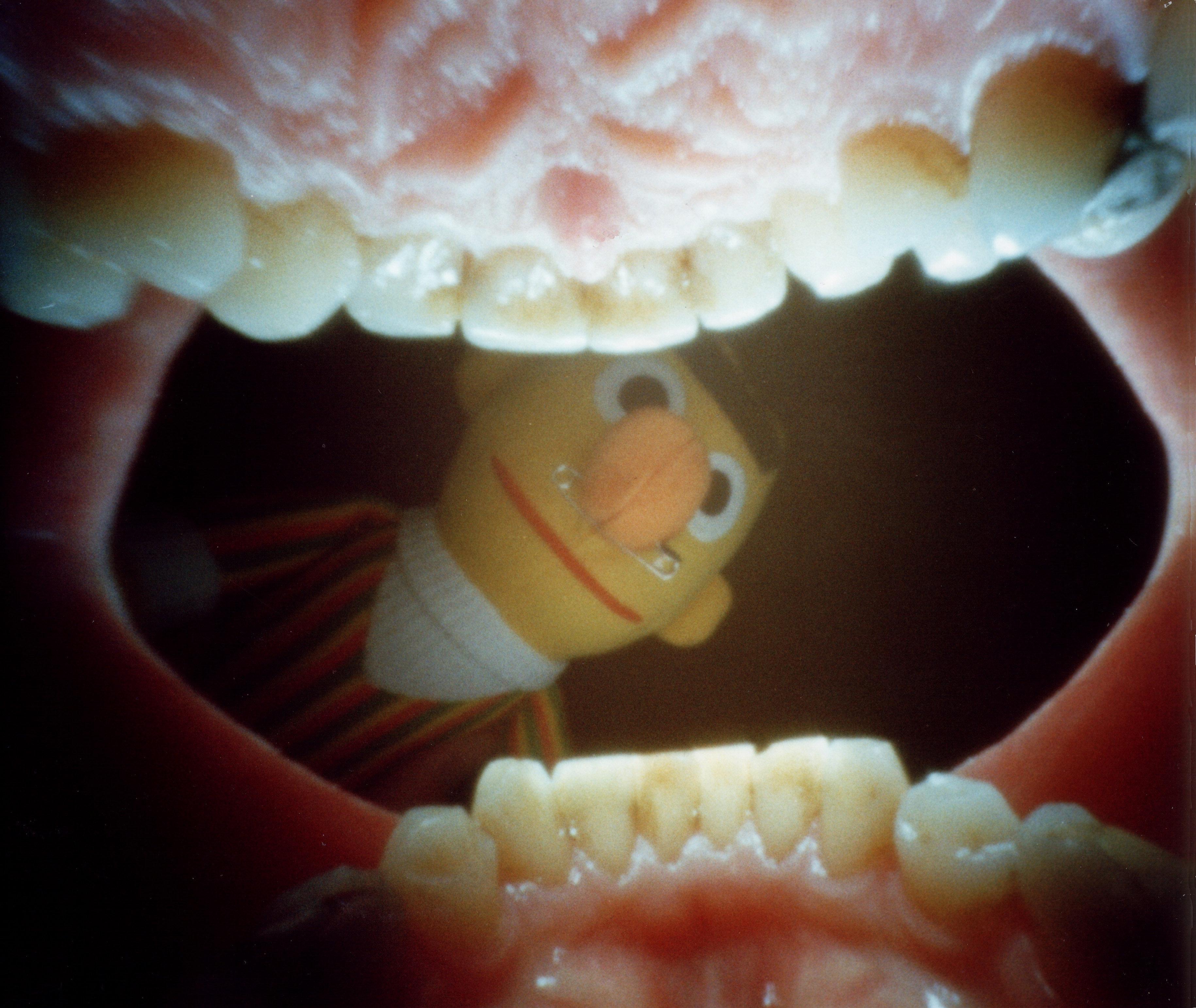 Рот девушки изнутри 5 фотография