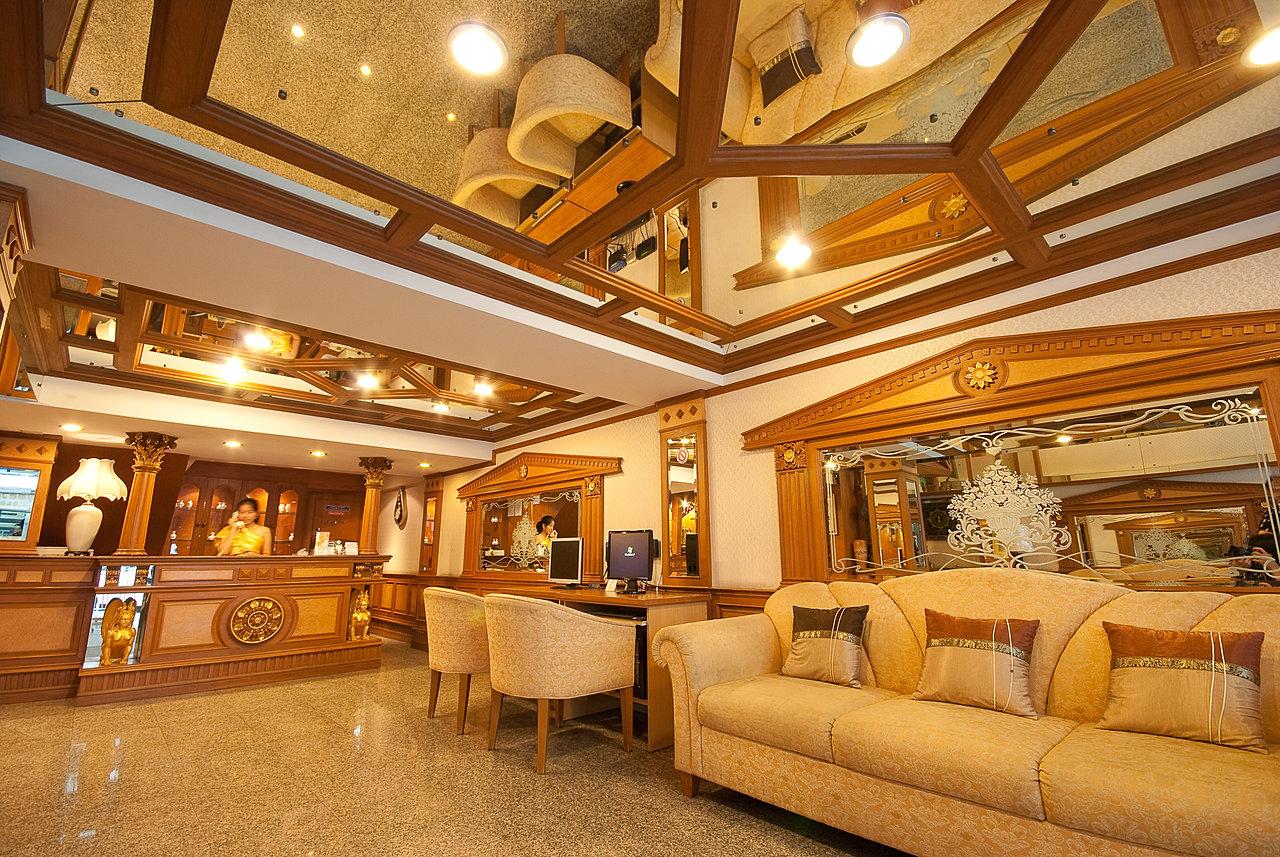 Lobby Budget Hotel Bangkok
