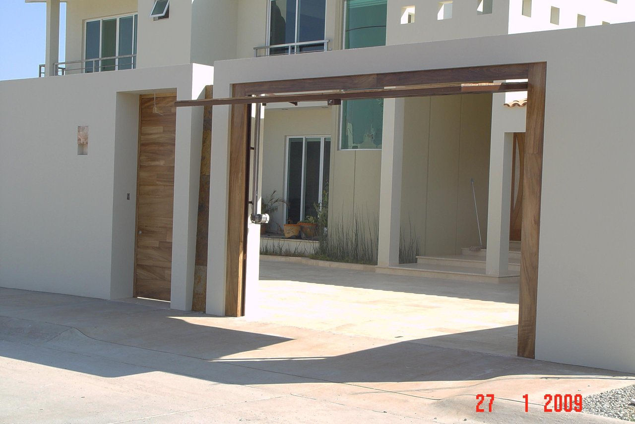 Puertas para cocheras electricas puertas para cocheras - Puertas de cochera ...