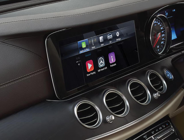 apple carplay retrofit service for mercedes benz 2011. Black Bedroom Furniture Sets. Home Design Ideas
