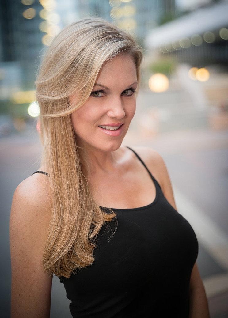 Kelly Schwartz Actress