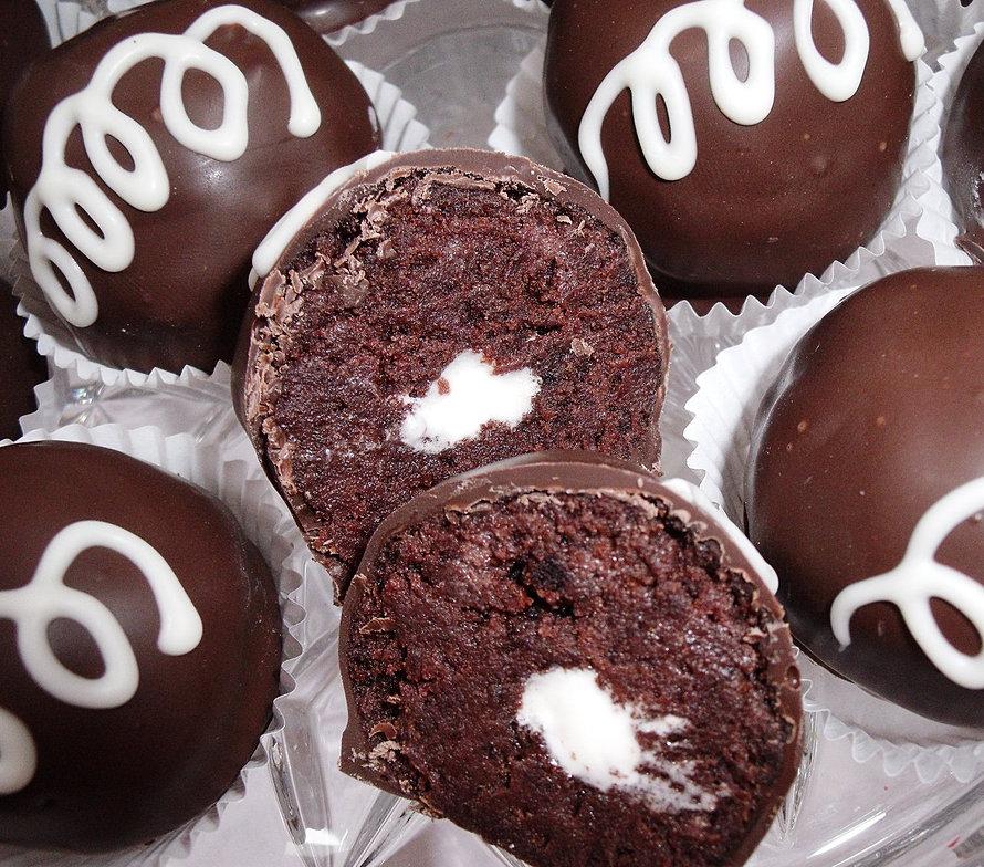 Classic Chocolate Cupcake Cake Balls
