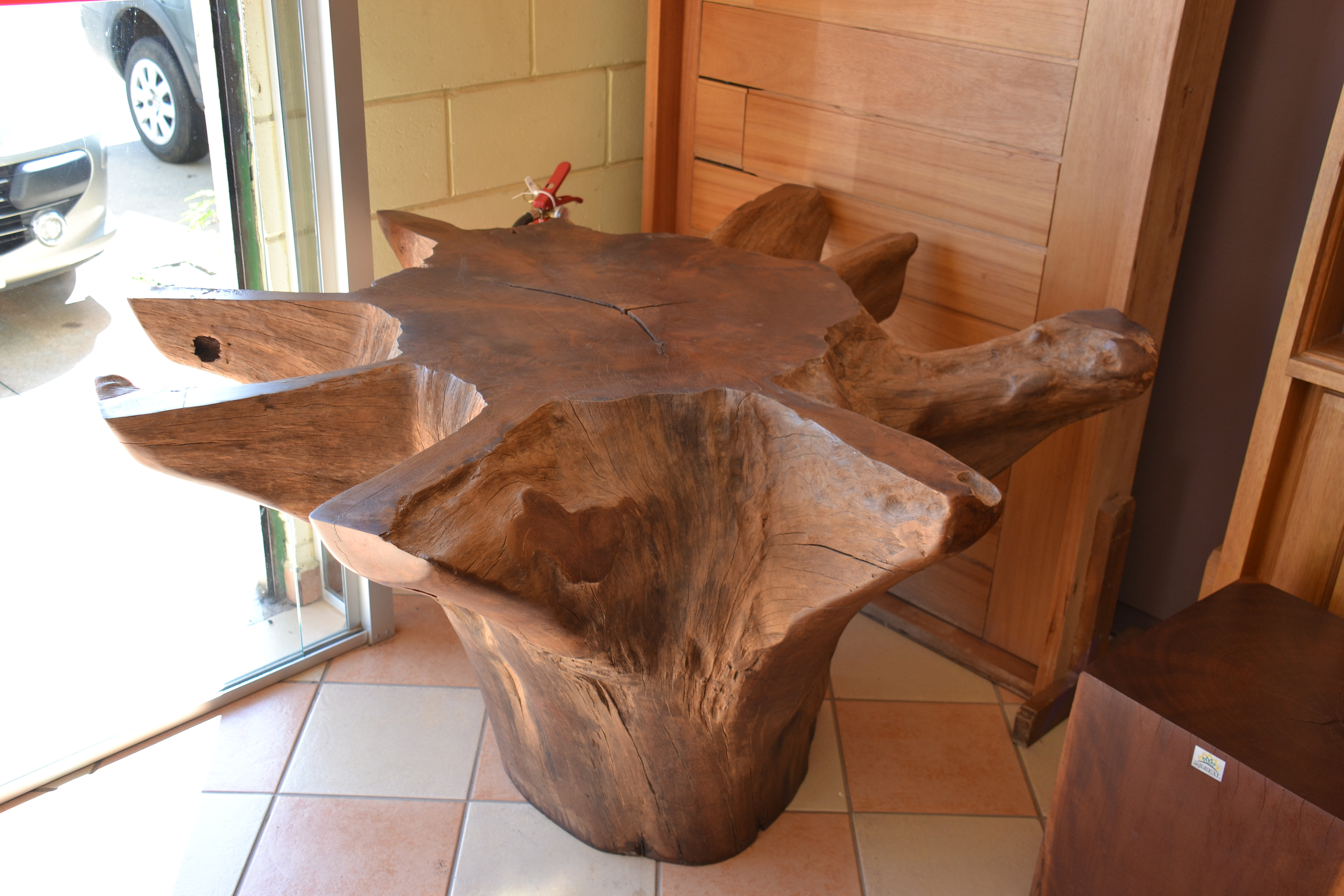 Arboreal m veis m veis r sticos de madeira maci a mesa - Mesa de tronco ...