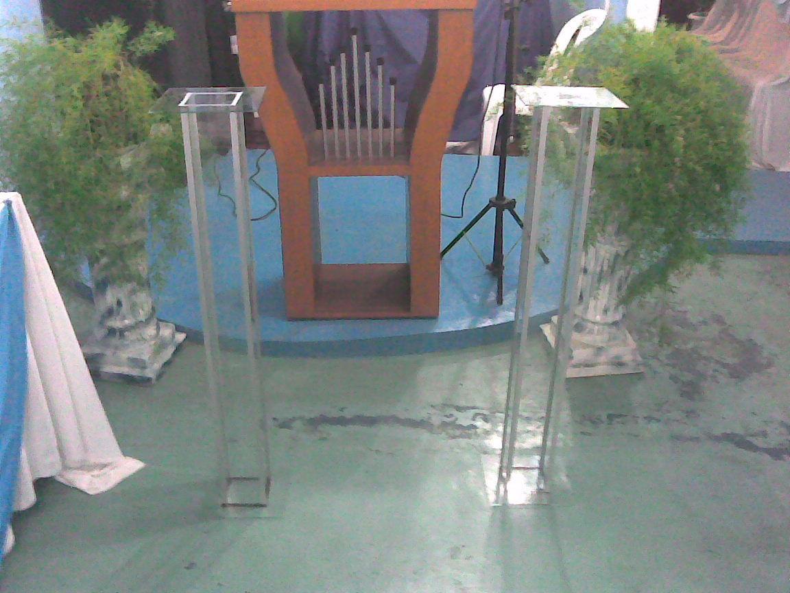 pedestais de vidro