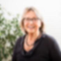 Dantian_Mitarbeiter-Portraits_Sonja_3_on
