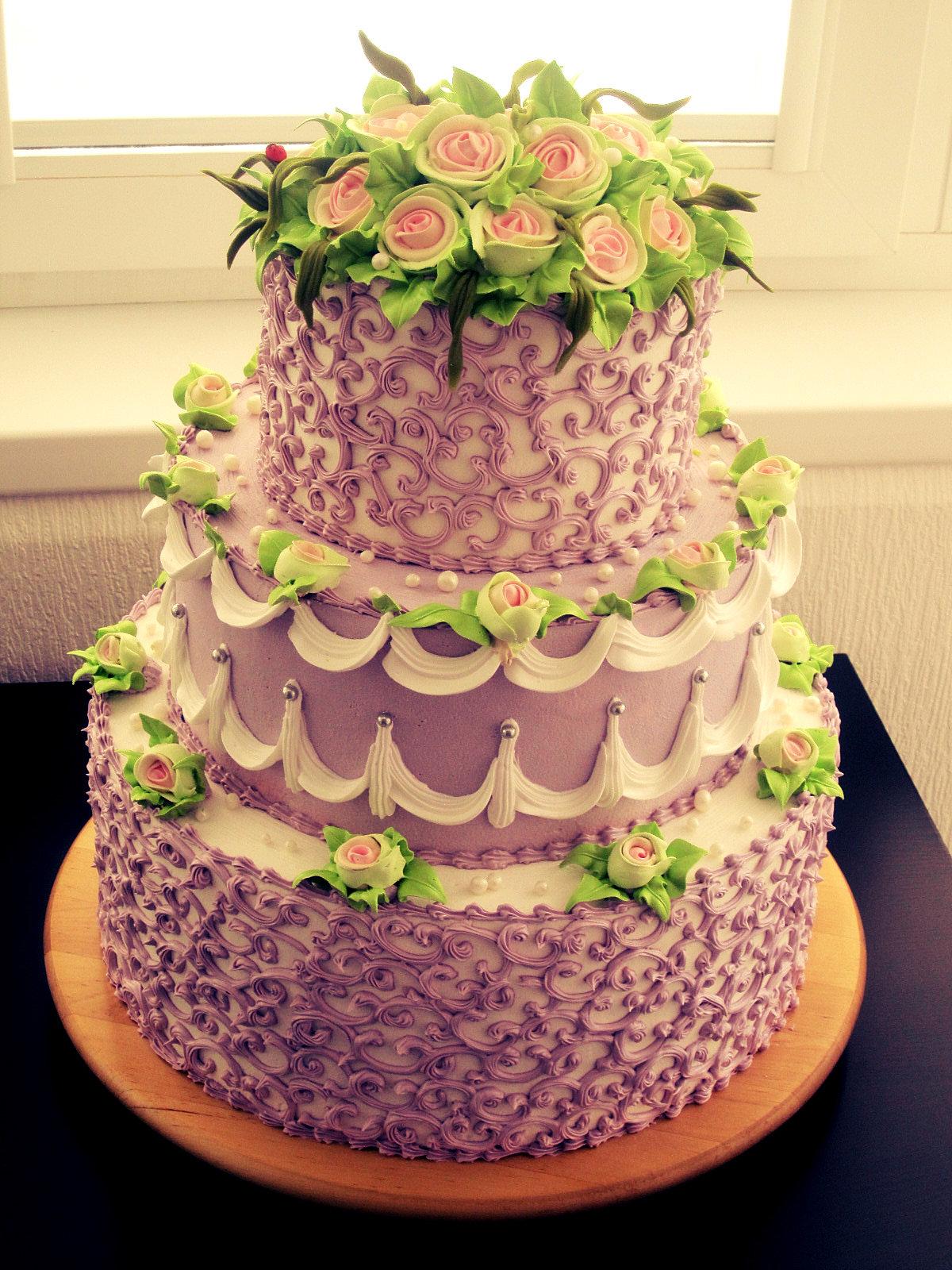 Бисквитный кремовый торт