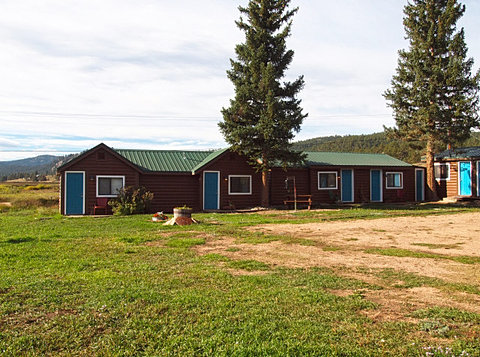 Lake george cabins for Lake george cabins and rv park lake george co