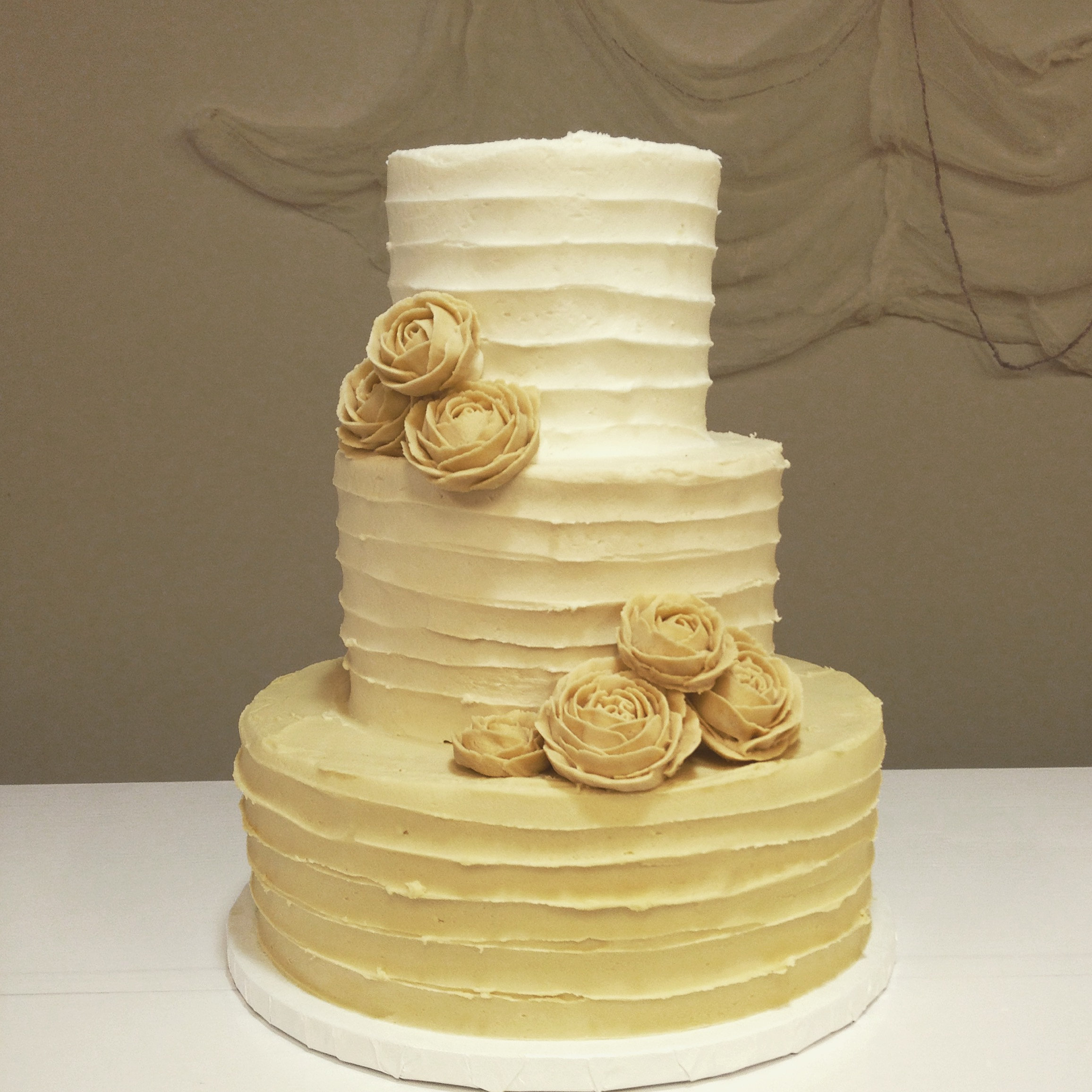 happy chicks bakery wedding cakes birthday treats lunch cincinnati champagne ombre rose wedding cake cincinnati