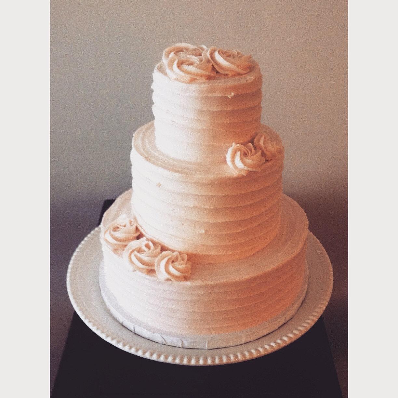 Cincinnati Bakery Wedding Cake