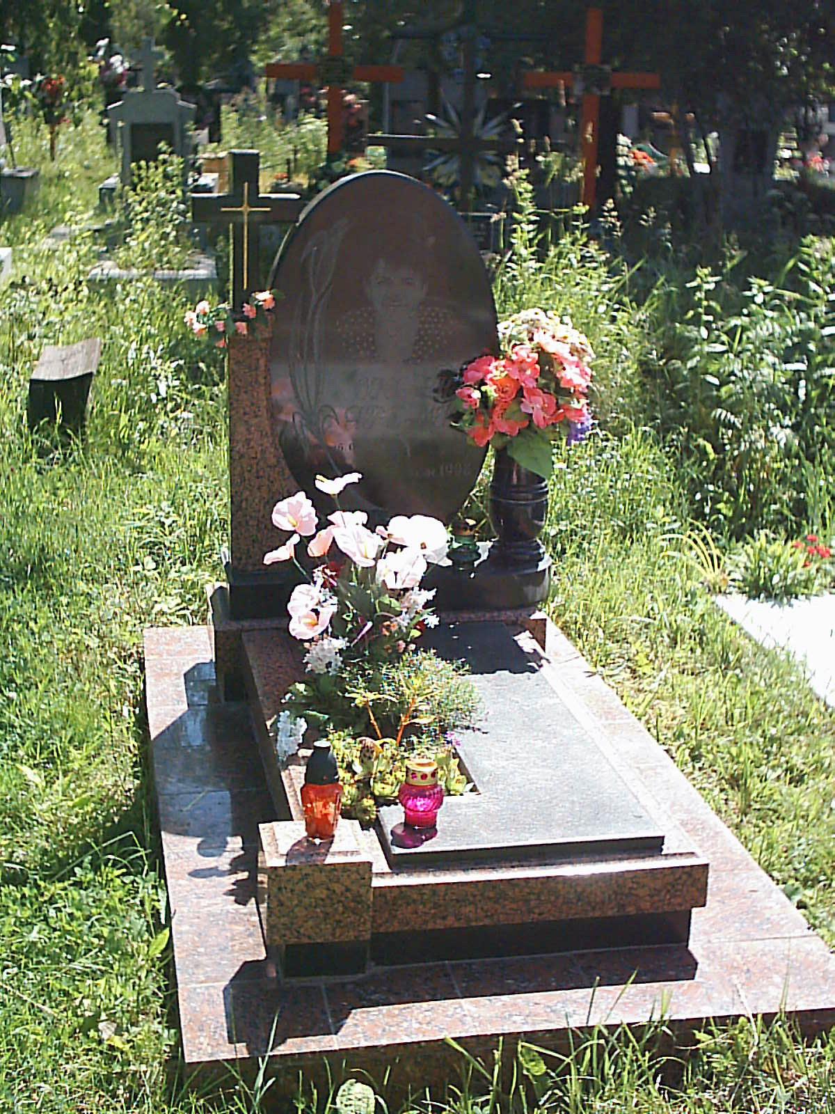 Цены на памятники на могилу в сумах памятник подешевле Алма-Атинская