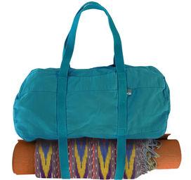 yogi+bags+yoga+mat+bags+ultimat+duffel+pantone+everglade.jpg
