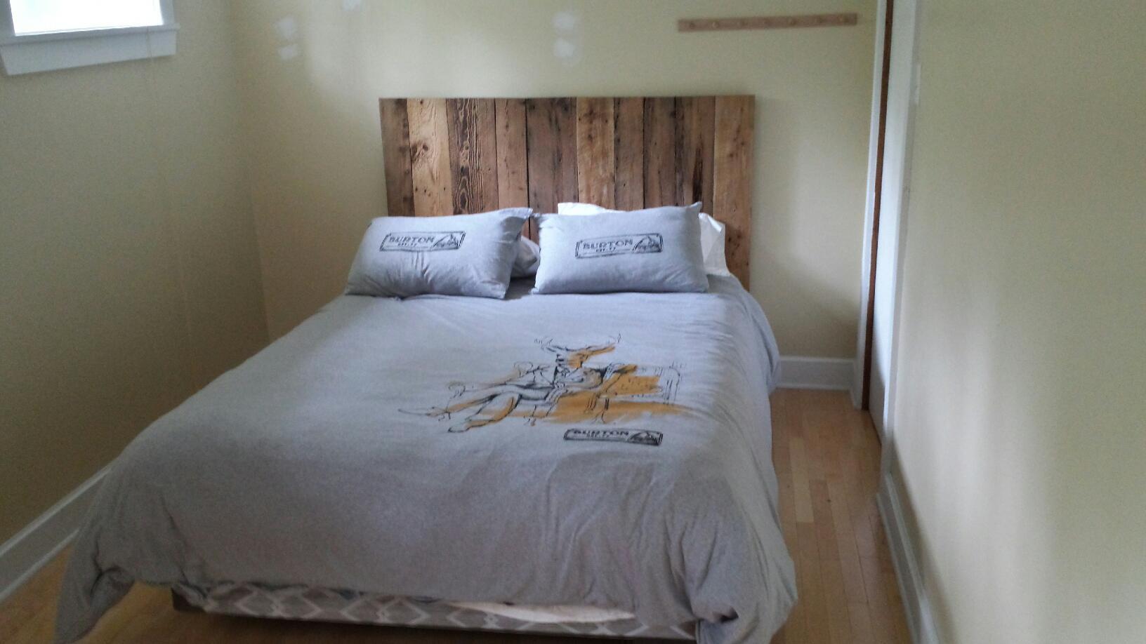 pin lit bois de futon dans adulte achetez au meilleur prix avec on pinterest. Black Bedroom Furniture Sets. Home Design Ideas