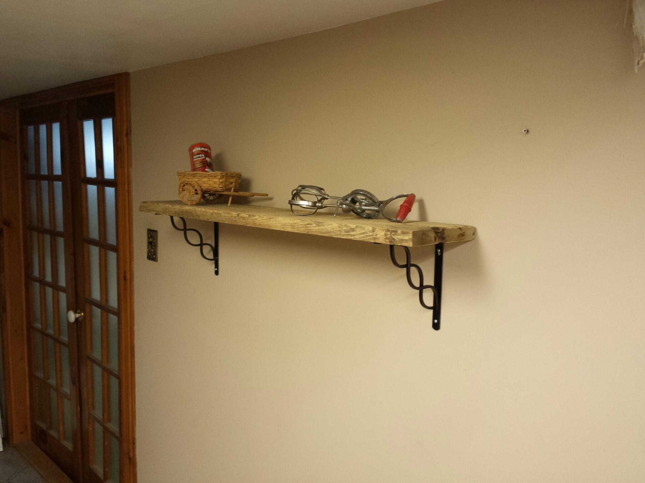 rustik bois de grange mobiliers en bois massif haut de gamme tablette rustique. Black Bedroom Furniture Sets. Home Design Ideas