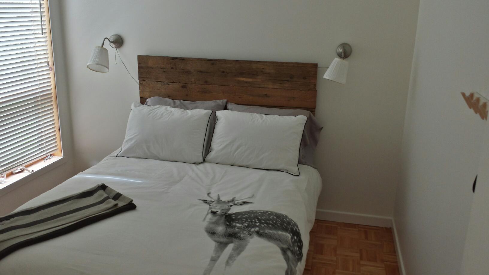 dc2bb9. Black Bedroom Furniture Sets. Home Design Ideas