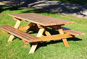 Menuiserie ambiance bois - Fabriquer une table de picnic en bois ...