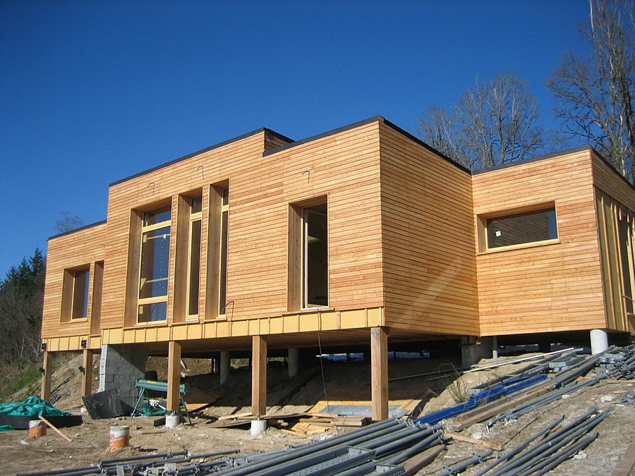 eco construction. Black Bedroom Furniture Sets. Home Design Ideas