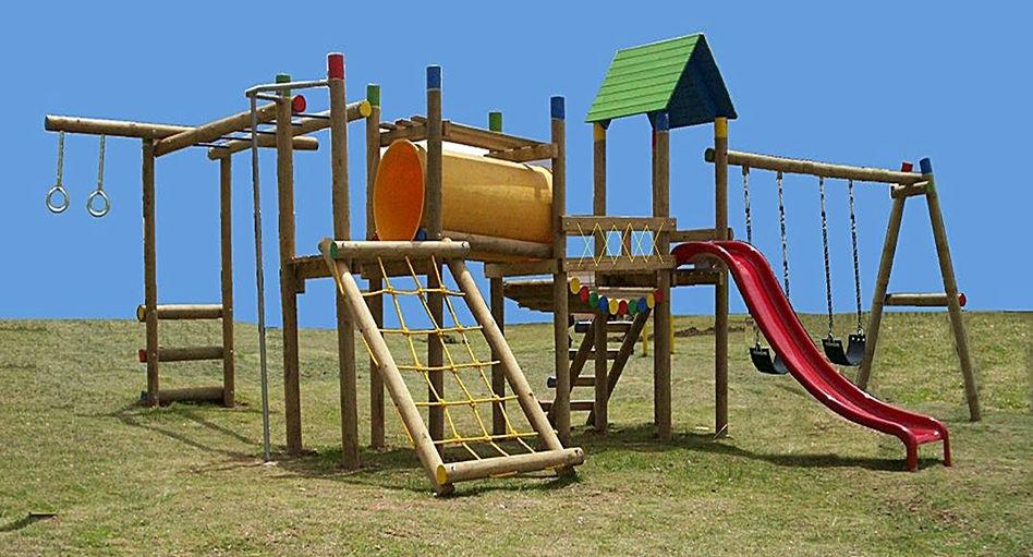 Fabricantes parques infantiles en madera bogota for Juegos de jardin infantiles de madera