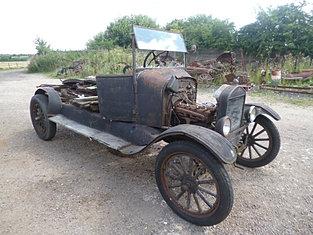1926 Ton Truck