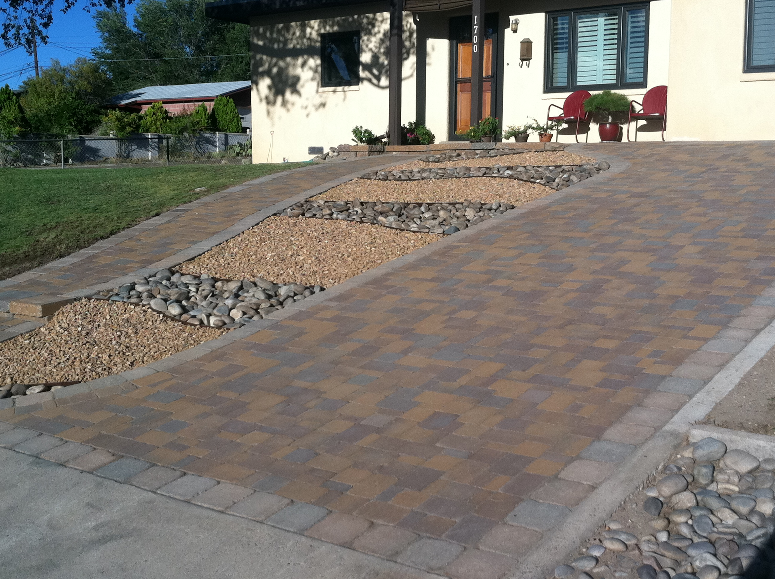 Landmark landscapes of new mexico quality landscaping for Steep driveway construction