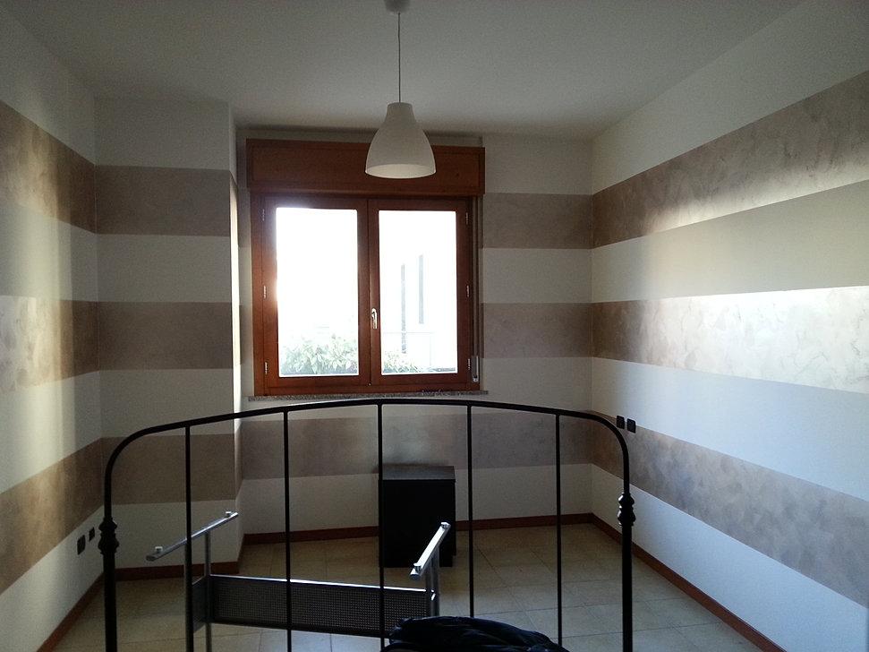 Pareti A Righe Tortora : Pareti a strisce simple awesome come dipingere pareti a righe