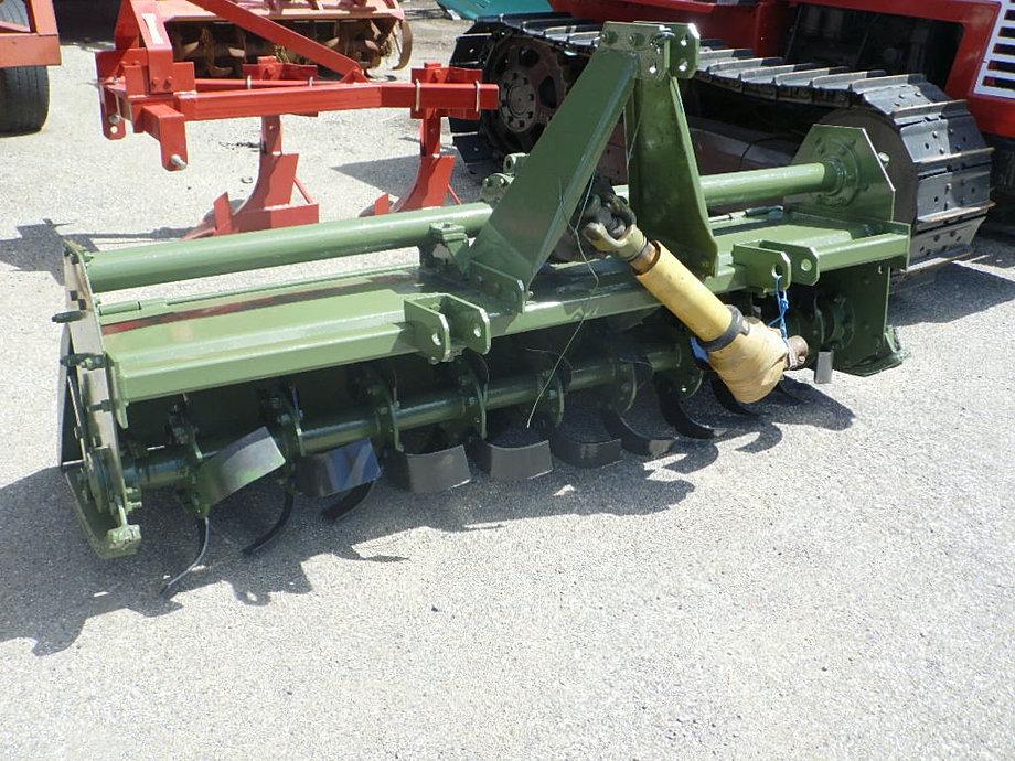 Costruzioni generali srl attrezzature agricole for Trincia berti usata