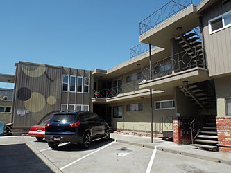 1531 Alcatraz #8 outside