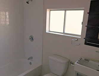 16598th_Bathroom1.JPG