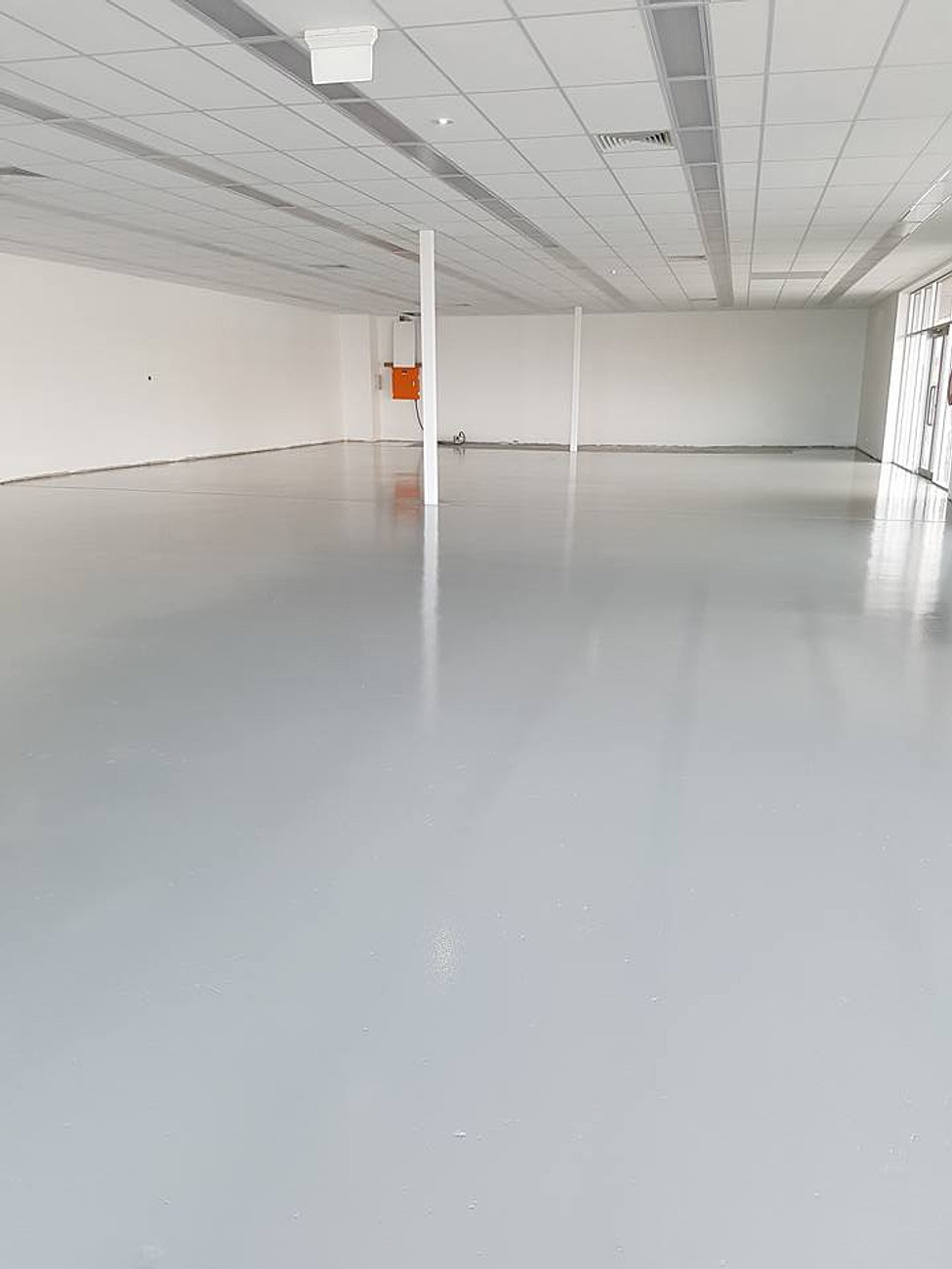 Pour polish polished concrete adelaide epoxy floor for Garage flooring adelaide