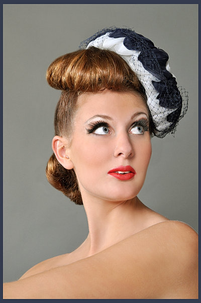 Maquilleuse Couleurs De Soi Pin Up Ann Es 50