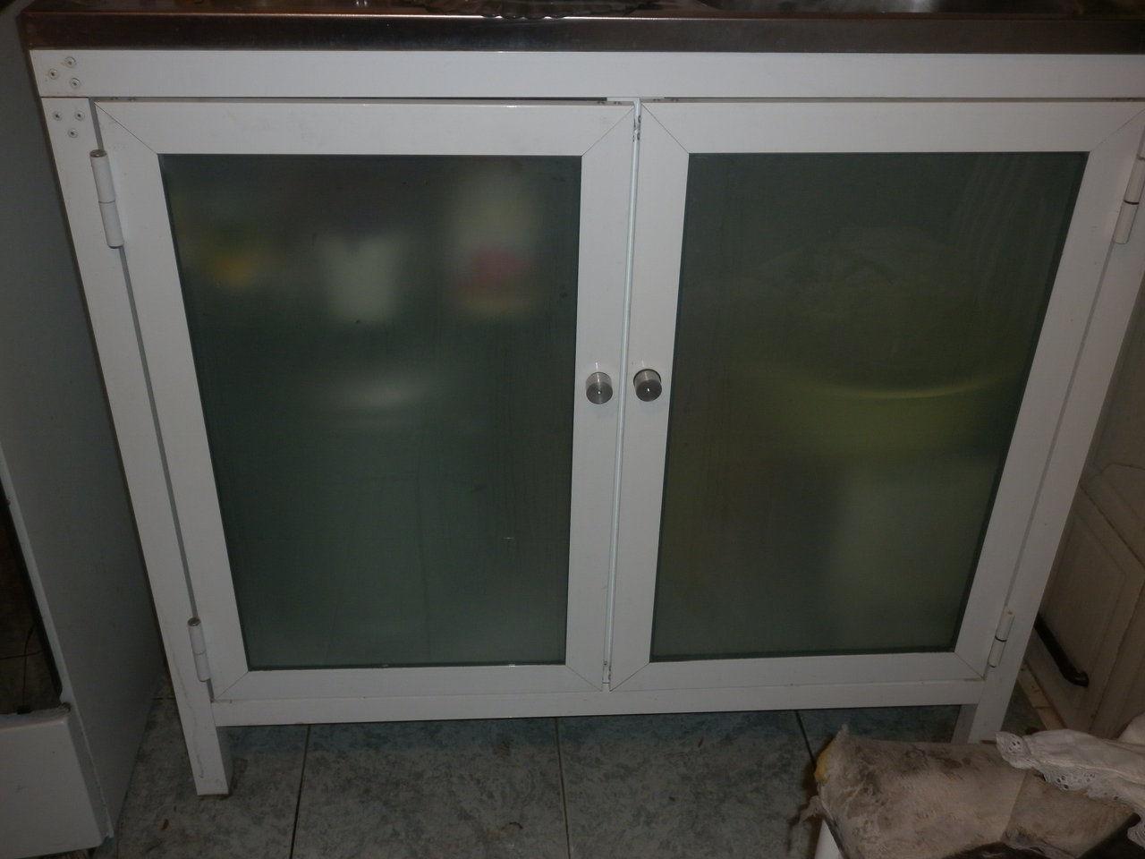Taller de vidrio y aluminio created by baldomero for Muebles de cocina de aluminio